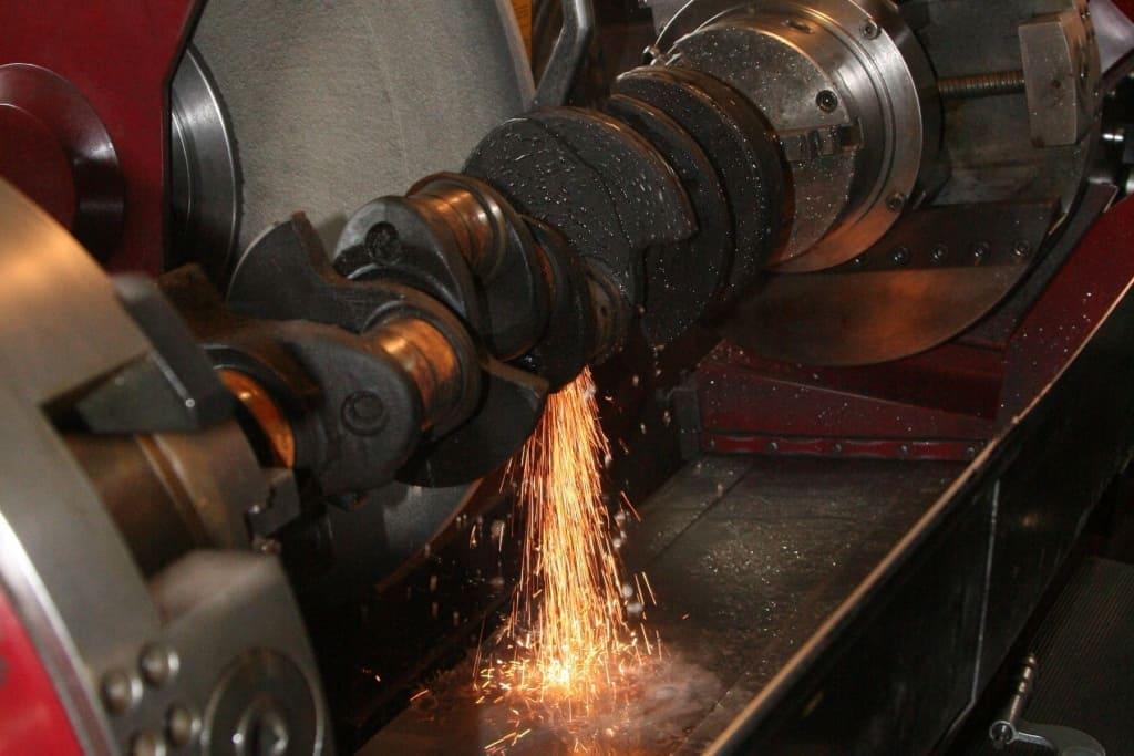 Ремонт коленчатого вала (коленвала) двигателя Мерседес в Казани